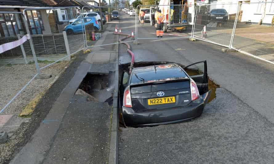 The sinkhole in Brentwood.