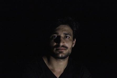 Pakistani refugee Ezatullah Kakar