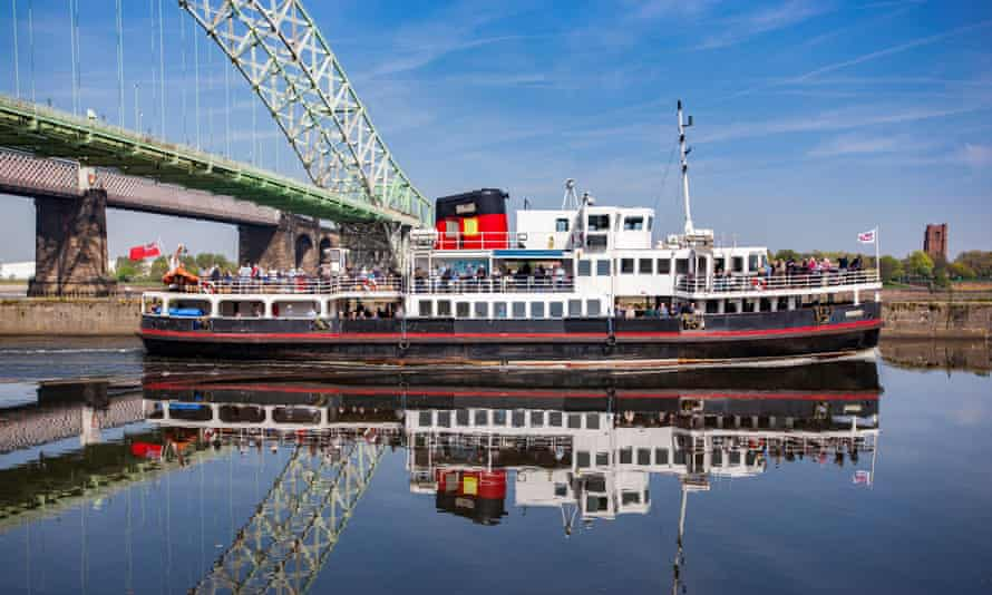 Snowdrop passes under the Queensway Widnes to Runcorn bridge on the Manchester Ship Canal.