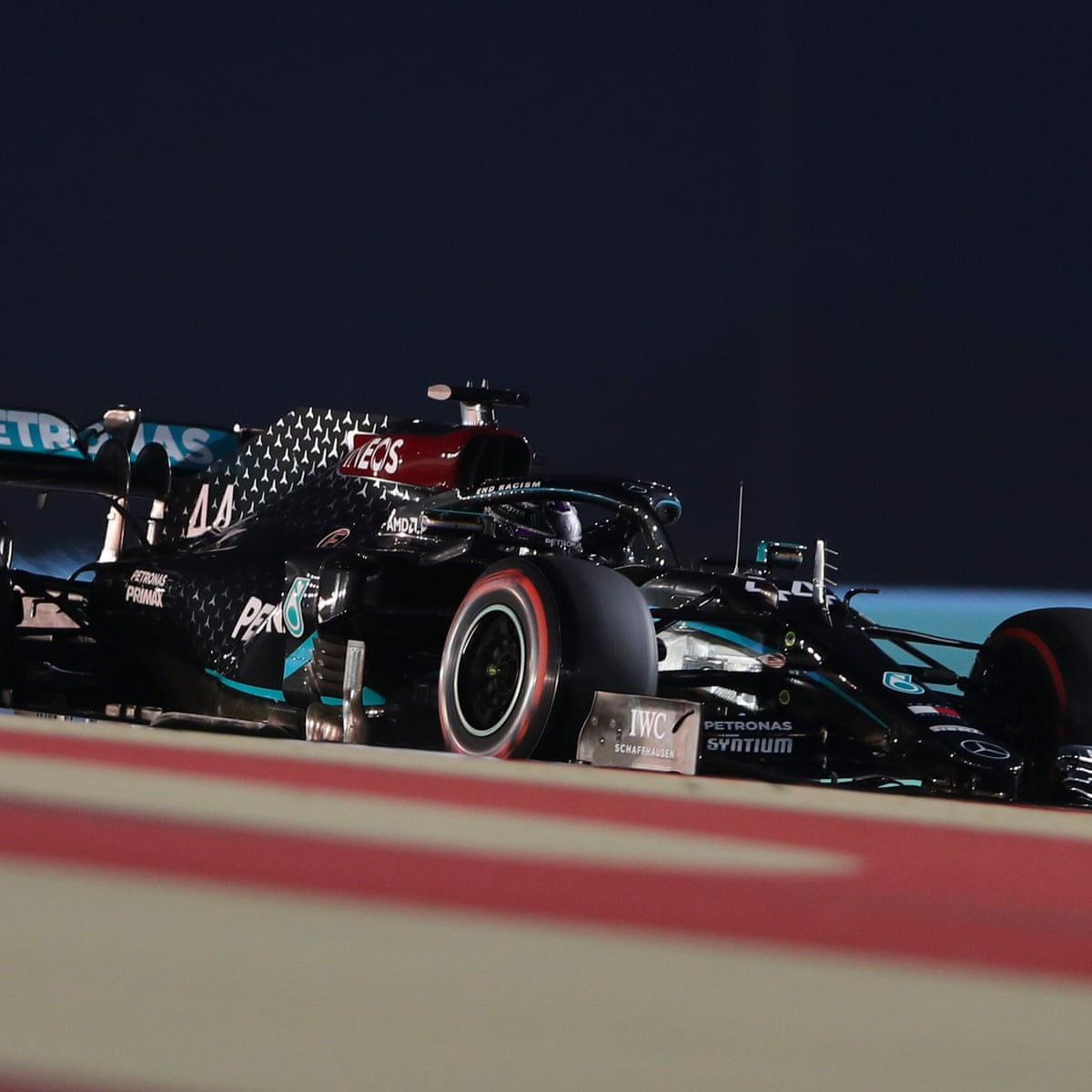 Lewis Hamilton Delights In His 98th Career Pole At Bahrain F1 Gp Formula One The Guardian