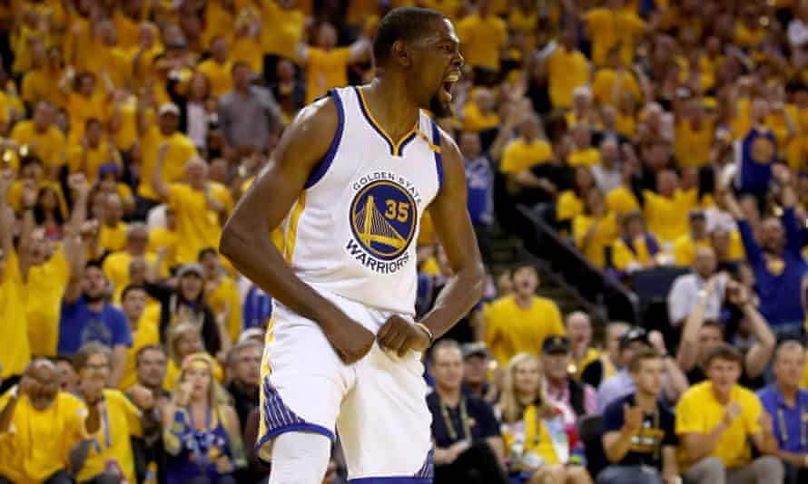 Kevin Durant celebrates a basket as the Warriors close out a successful home stand