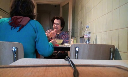 A scene from No Home Movie by Chantal Akerman