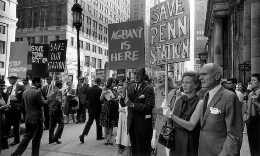 Jacobs and fellow campaigners stand outside New York's Penn Station to protest its planned demolition in 1963.