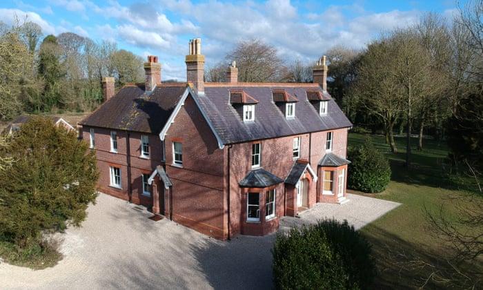 Abbots Court, Dorset: 'A luxurious but unstuffy country