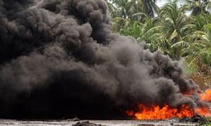 Oil pipeline explosion in Lagos, Nigeria