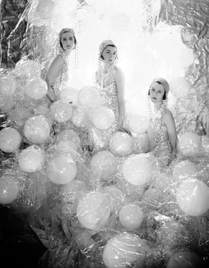 Portrait of the Soapsuds Group by Cecil Beaton 1930. The Cecil Beaton Studio Archive at Sotheby's