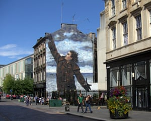 A mural of Connolly by Scottish artist Jack Vettriano in Dixon Street, Glasgow, one of three unveiled around the city in 2017 in honour of his 75th birthday.