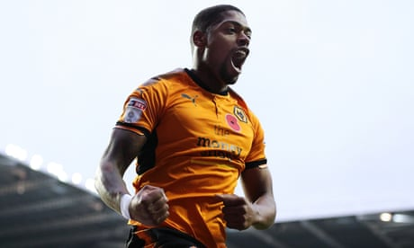 Football League: Wolves back on top after win, Luton hit seven again