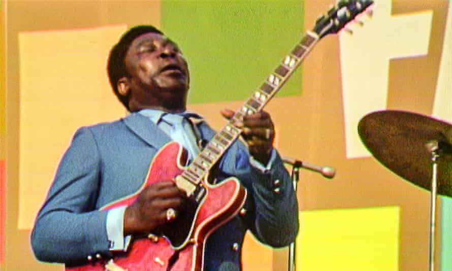 BB King performing at the festival.