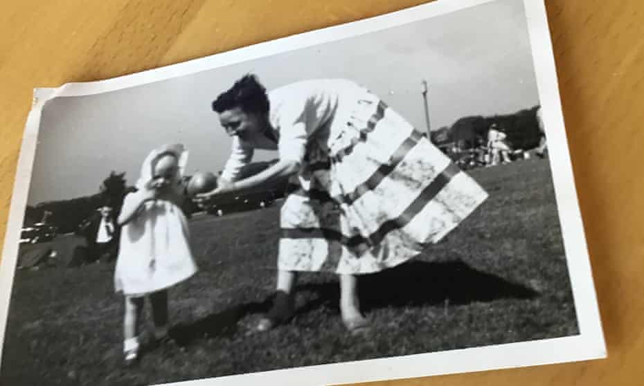 Gillian as a toddler with her mother
