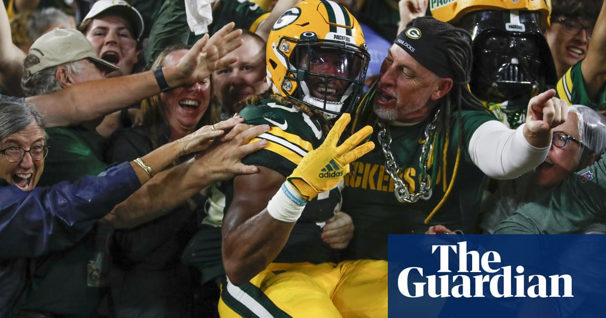 Jones scores four TDs – and loses father's ashes – as Packers beat Lions