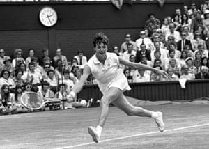 Margaret Court at Wimbledon in 1971. Despite her astonishing achievements she never had a warm relationship with the Australian sporting public.