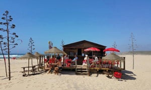 bordeira beach bar