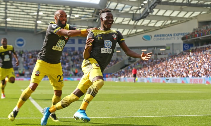 Moussa Djenepo hits cracker as Southampton beat 10-man