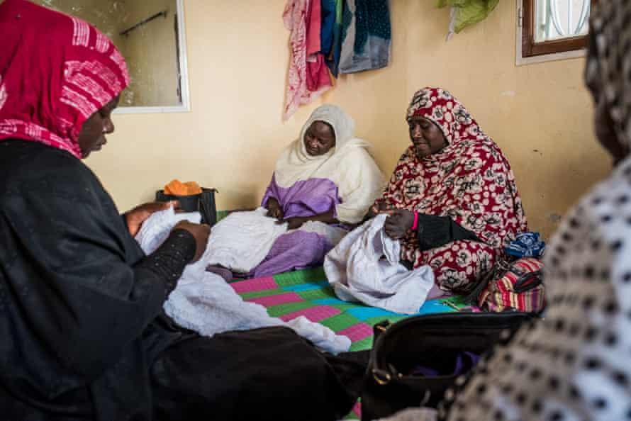Haratine women learn to embroider in SOS Slaves workshops in Nouakchott