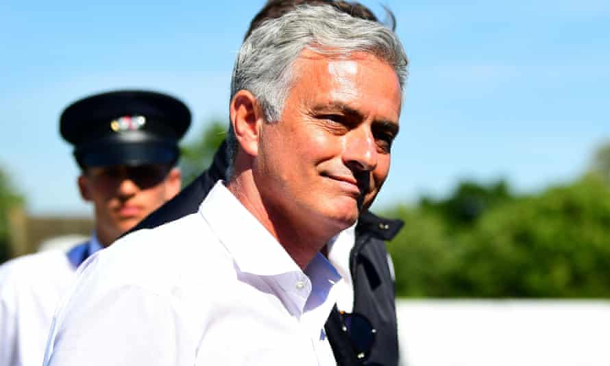 José Mourinho, pictured at Wimbledon this week, held talks with Guangzhou representatives.
