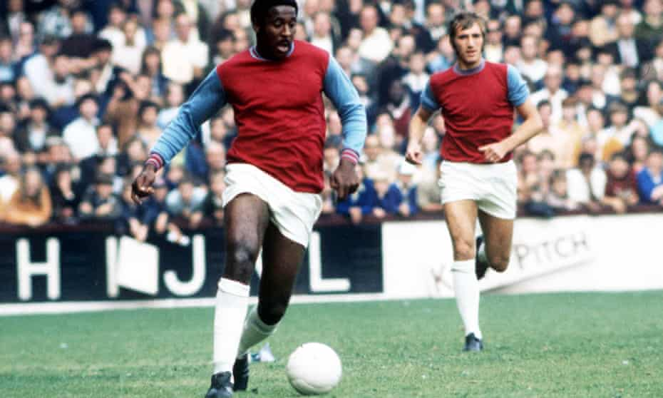 Clyde Best playing for West Ham United against West Bromwich Albion in 1973.