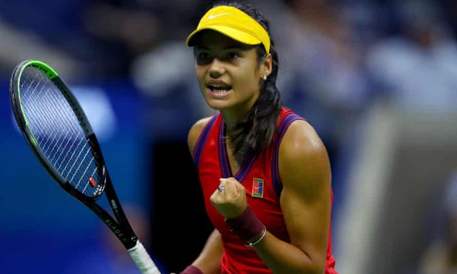 Emma Raducanu celebrates during her semi-final