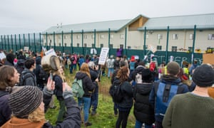 Protesters in 2017 call for the closure of the Serco-run Yarl's Wood