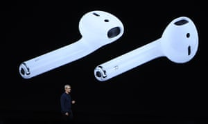 Tim Cook unveils the new iPhone 7 AirPod headphones