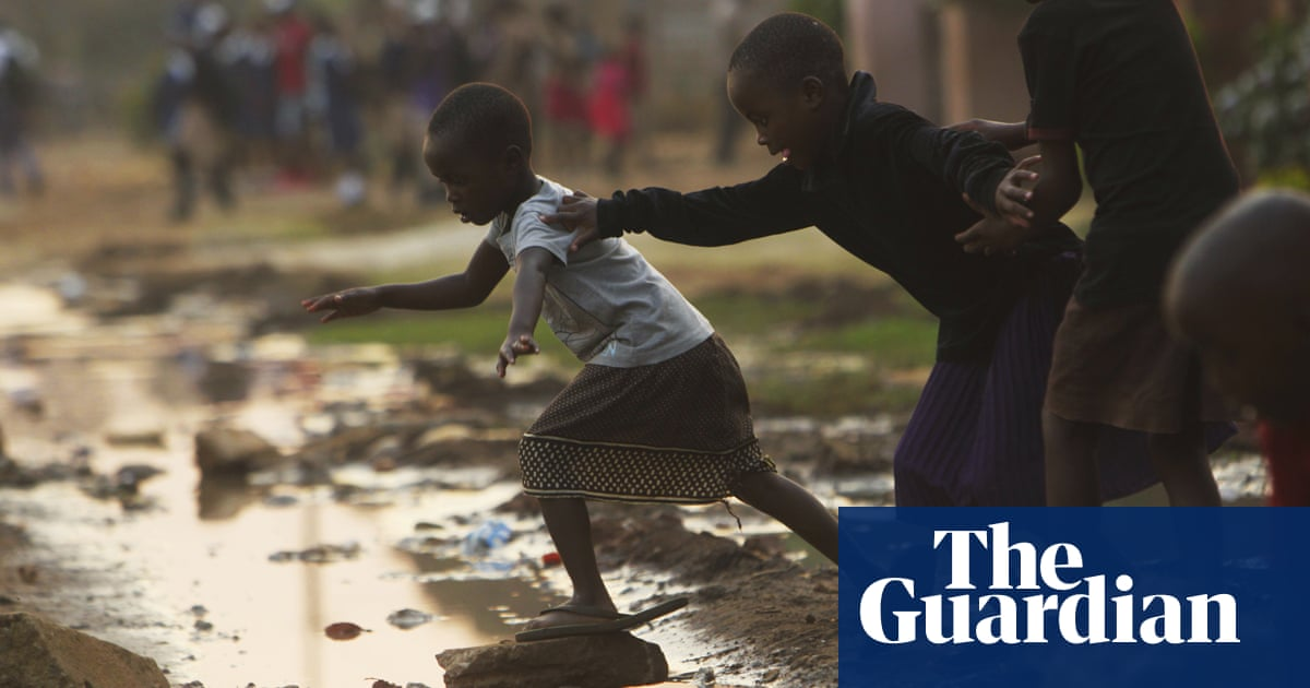 'Things are getting worse': economic collapse looms again in Zimbabwe