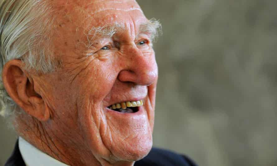 Malcolm Fraser took to Twitter with gusto.