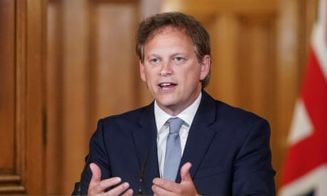 Fall guy Shapps takes turn to promote UK as 'world beater' in stupidity | John Crace