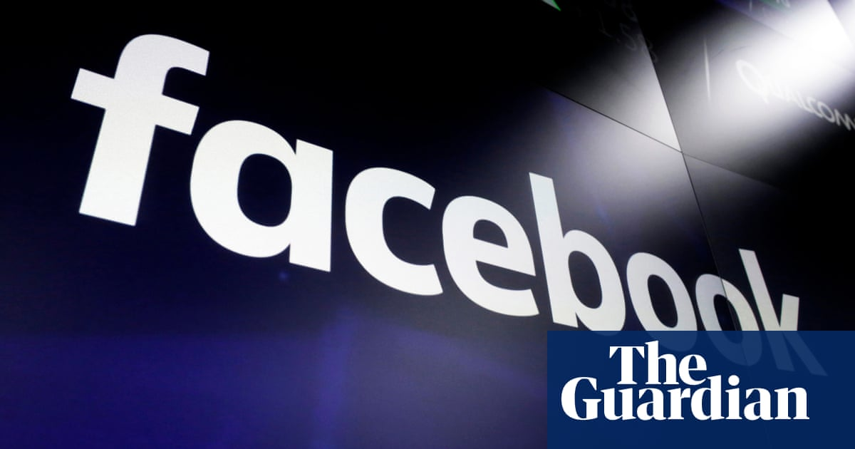 Facebook to ban content that denies or distorts the Holocaust