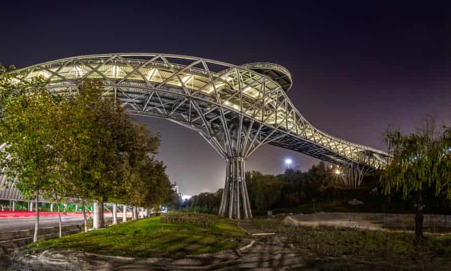 Tehran's Tabiat bridge.