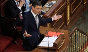 The PSOE leader, Pedro Sánchez, addresses the Spanish parliament in Madrid on Thursday.