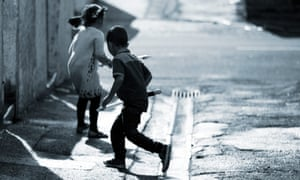 Thomond. BRIERFIELD, 19th May 2015. Children playing in the streets in Brierfield in Lancashire where nearly 35% of children live in poverty and just over 50% are classed as poor according to research by the End Child Poverty Campaign. **PARENTAL PERMISSION GRANTED. CT**