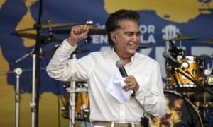 Venezuelan singer José Luis Rodriguez, also known as El Puma, performs at the Venezuela Aid Live concert.