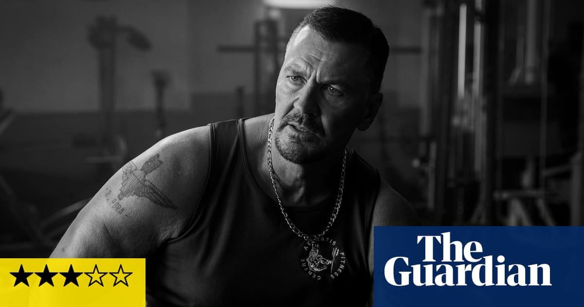 Muscle review – banter, biceps and brutally black comedy
