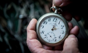 Autumn time change one hour backepa06295153 Descendant of a Hungarian noble family Bela Hatvani adjusts a pocket watch backward one hour in a museum displaying his family's clock collection in Kunszallas, some 120 kms southeast of Budapest, Hungary, 28 October 2017, ahead of the night when summer daylight saving time (DST) is reverted to standard time. EPA/Sandor Ujvari HUNGARY OUT