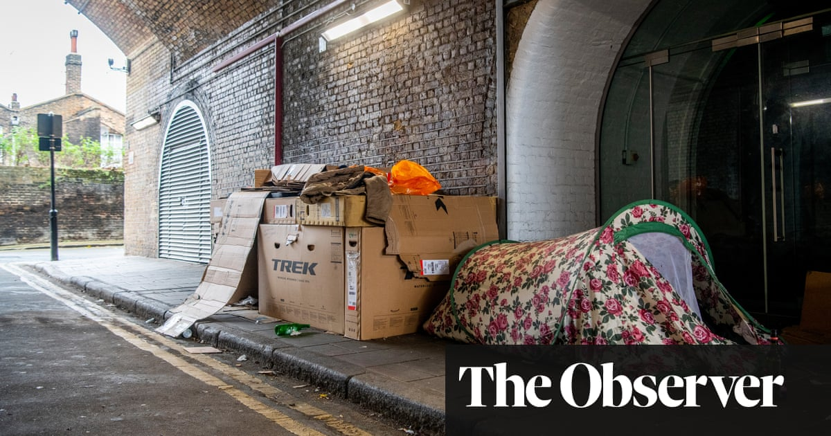 Home Office revives plan to deport non-UK rough sleepers