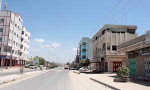 A deserted street in Ash Shihr, Yemen