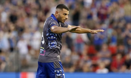 Nabbout and Petratos named in Bert van Marwijk's first Socceroos squad