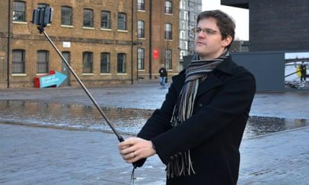 Harrods Red5 mTech Pocket Selfie Stick review