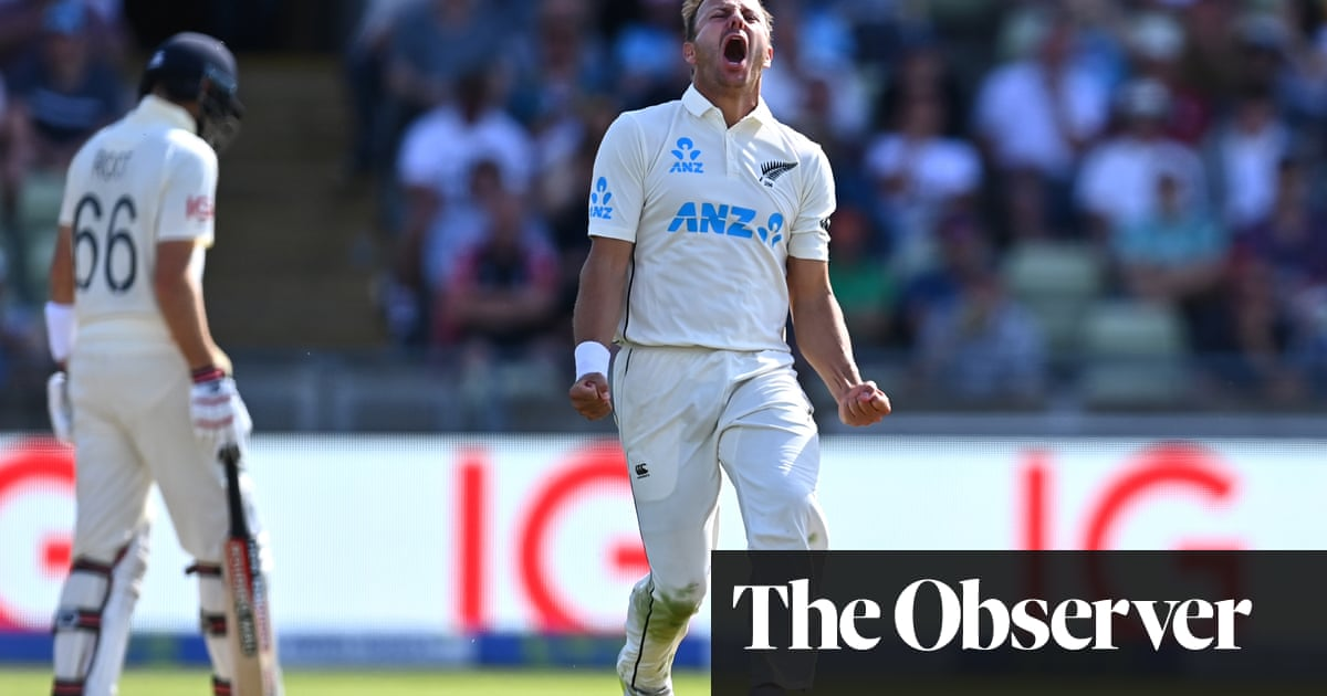 England on brink of defeat as Neil Wagner turns the screw for New Zealand