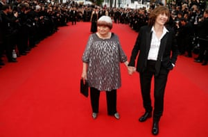 Varda and Jane Birkin arrive for the screening of 'La Glace et le Ciel' at the Cannes Film Festival in 2015