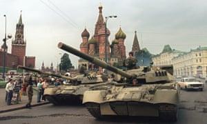 Soviet tanks near the Kremlin in August 1991
