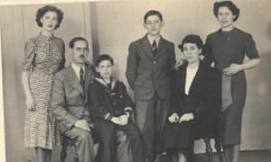 The Kleinmann family in 1938 featuring Gustav (second left) and Fritz (fourth left)