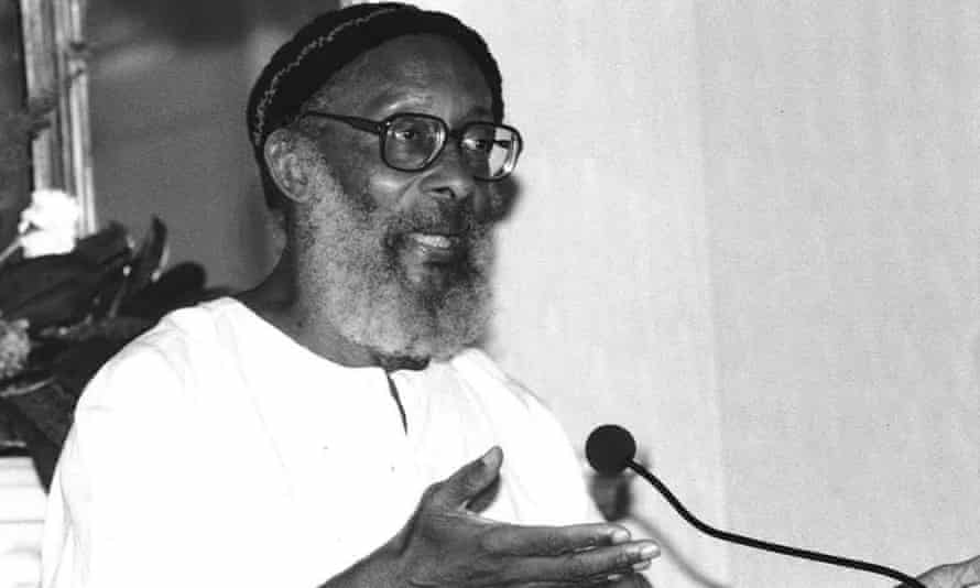 Edward Kamau Brathwaite contended that the English spoken by the descendants of slaves in the Caribbean carried a suppressed African identity.