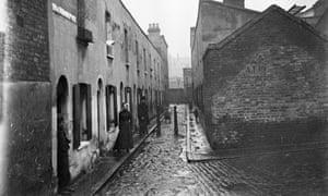 Little Collingwood Street, Bethnal Green, east London, c1900.