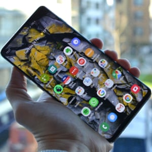 smartphone buyer's guide - samsung galaxy s10+