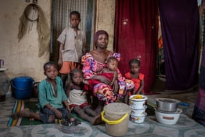 Rufa Atu and her five children