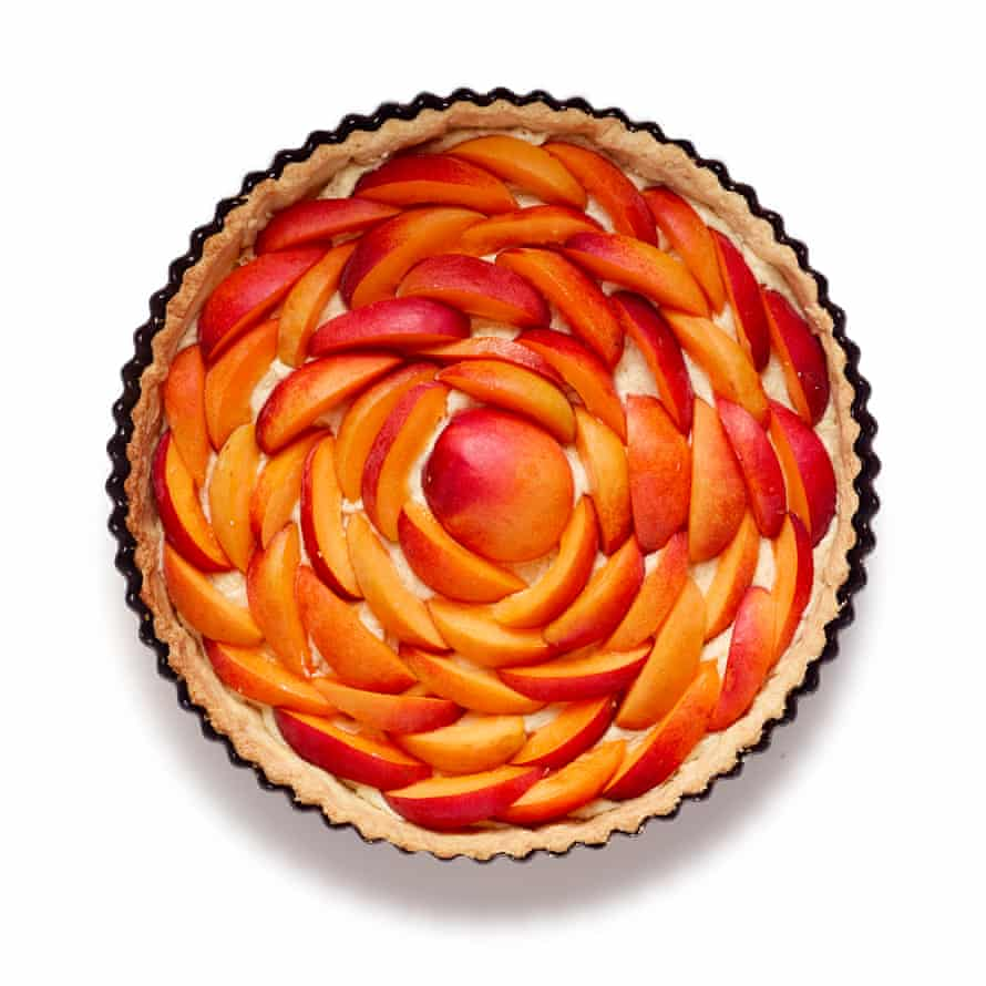 Felicity Cloake's Apricot Tart steps 8: Concentric circles of fruit.