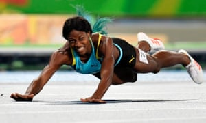 Shaunae Miller of the Bahamas crosses the finish line to win the women's 400m final