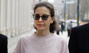 Clare Bronfman, center, a member of NXIVM, an organization charged with sex trafficking, arrives at Brooklyn federal court earlier this month.