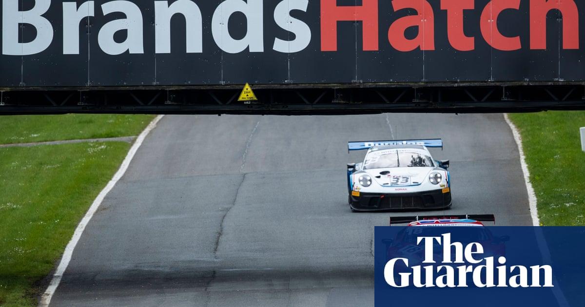 Brands Hatch marshal dies after race car spins off track